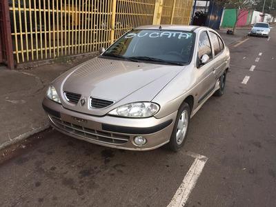 Sucata Megane Sedan 2.0 8v 2001/2001