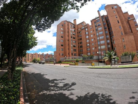 Hermoso Apartamento En Venta En Niza Mls 20-305