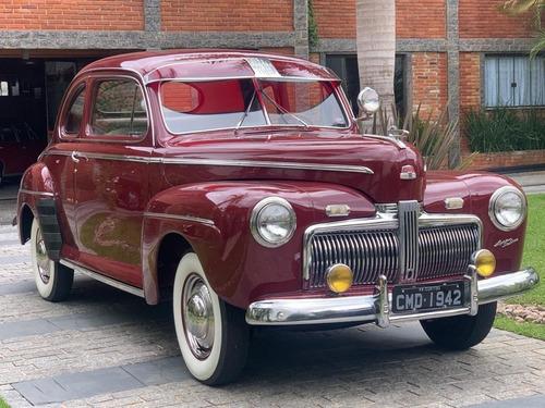 Ford De Luxe 1942 Coupê