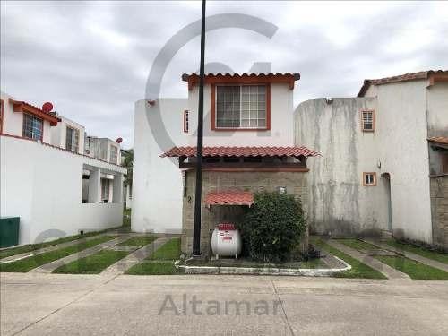 Casa En Fracc. Privado Con Alberca, Real Campestre, Altamira, Tamps.