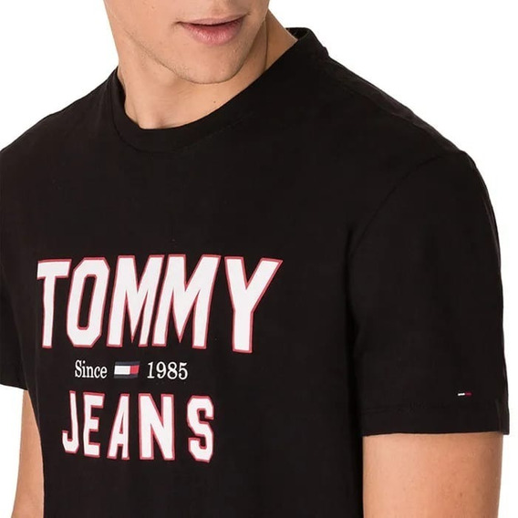 Camiseta Estampada Tommy Hilfiger Preta Jeans Original