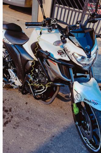 Imagem 1 de 6 de Yamaha Fazer250
