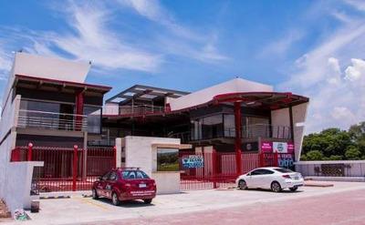 Jp Locales En Renta En Plaza Comercial