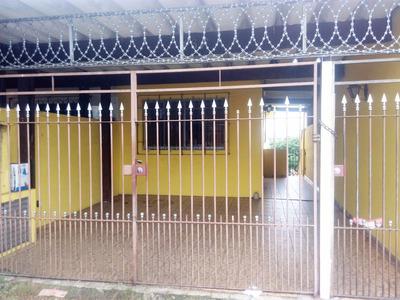 Casa 2 Dormitórios Para Locaçao No Jardim Brasilia