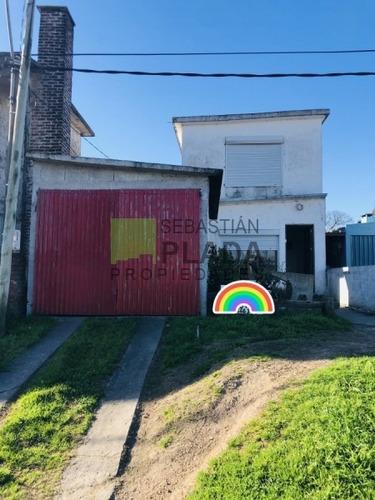 Casa En Ph 2 Plantas, 2 Dormitorios, Garage, Parrillero,- Ref: 409