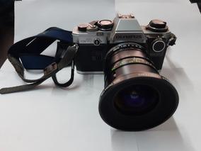 Olympus Om10 + Lente Vivitar 17 - 28mm + L. Vivitar 28 210mm