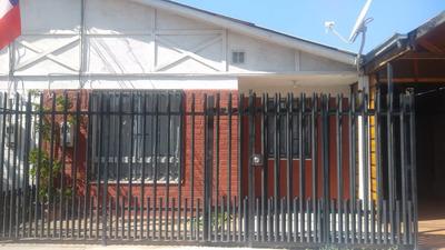 Vendo Casa En Maipú 3 Dormitorios 2 Baños.