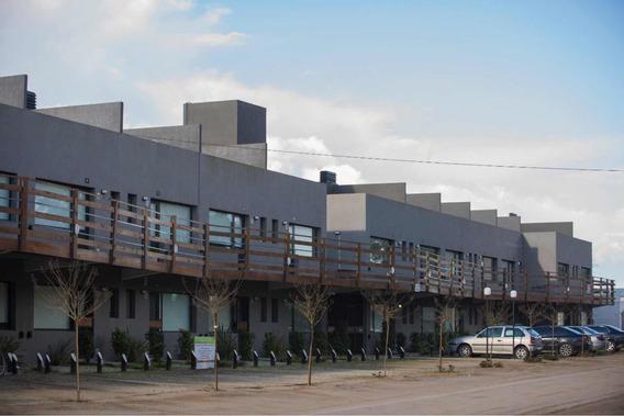Departamento Con Parque Y Parrilla. Pb. 45 M2 Mas 50 Parque
