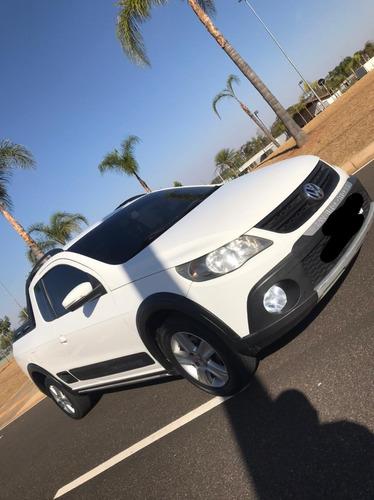 Imagem 1 de 15 de Volkswagen Saveiro 2013 1.6 Cab. Estendida Total Flex 2p