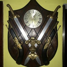 Brasão Grande Garrucha Espada Relógios Madeira Bronze