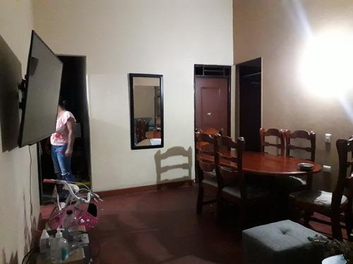 Apartamento En Los Alcazares - Cali