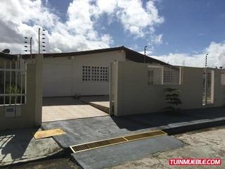 M&r Casa Villa Alianza D R