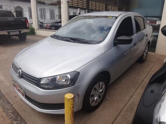 Volkswagen Voyage City 1.0 Flex Mec 4p