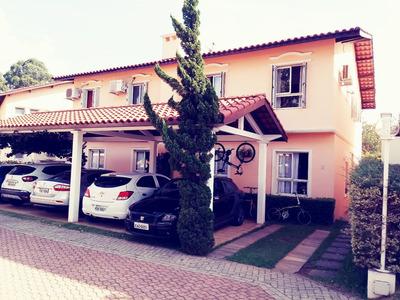 Casa Em Condominio Cercada De Verde 4 Quartos 3 Garagens