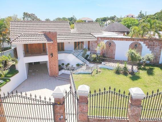 Hermosa Casa De Alquiler En Los Cerros De Gurabo