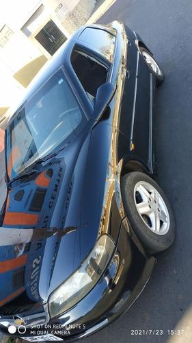 Imagem 1 de 6 de Chevrolet Vectra 2001 2.2 16v Cd 4p