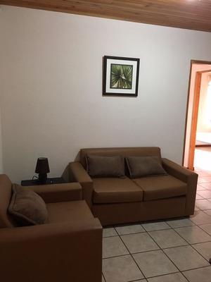 Amplio Apartamento Amueblado En Guadalupe Con Cochera