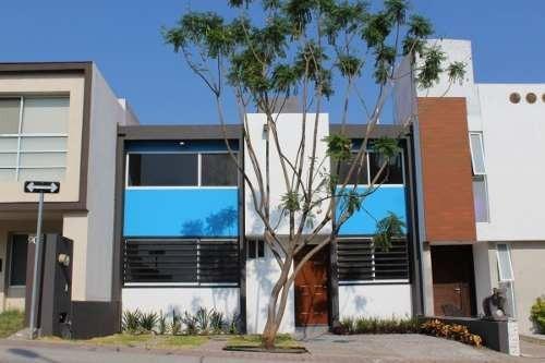 Se Renta Casa Recién Remodelada En El Mirador