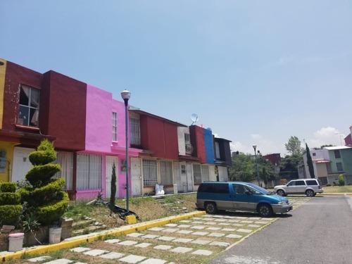 Nicolás Romero: Casa En Excelente Edo. Conservación En Condominio Privado.