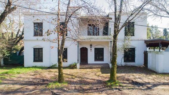 Casa En Venta En Lindísima Zona De La Horqueta - Lomas De San Isidro