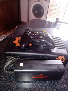 Xbox 360 Original + 1 Mando + 2 Juegos