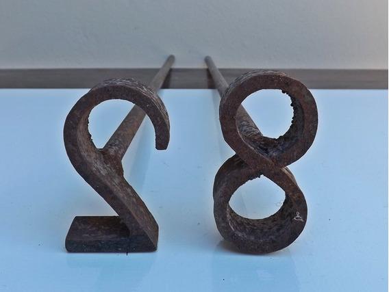 2 Antigas Marcas De Gado - (garrucha Lança Grilhão Cavalo