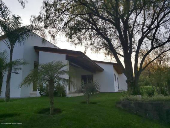 Casa En Venta En Balvanera Polo Y Country Club, Corregidora, Rah-mx-21-20