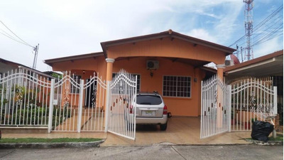 Vendo Casa Confortable En Brisas Del Golf 18-5861**gg**