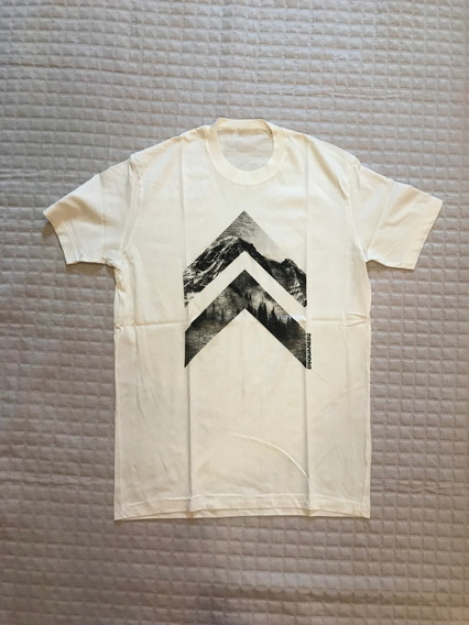 Camiseta Dsquared2 Masculina Branca Flechas Importada