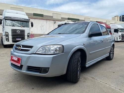 Gm Astra Sedan Advantage 2.0 C/ar = Passat Azera Civic