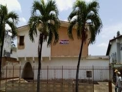 Casa De Uso Comercial La Viña. Wc