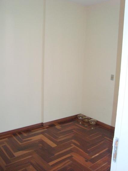 Apartamento, Com 3 Dormitórios, Sendo 1 Suíte. 76261