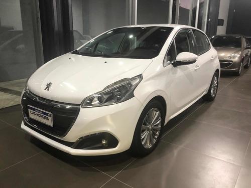 Peugeot 208 1.2 Active Frances 2016 51.000 Km Divino Estado!