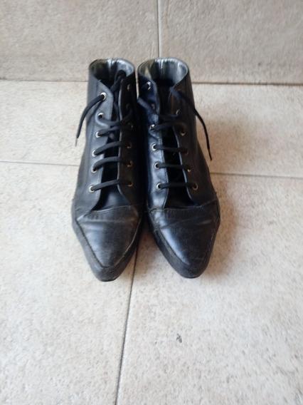 Botas De Cuero Negra