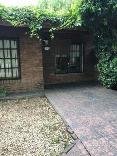 Hermosa Casa De 3 Amb En Ituzaingo Of 1559j