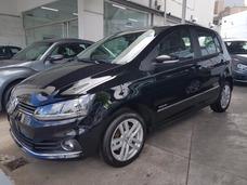 Volkswagen Fox 1.6 Msi 5p Highline My18, Contado . !! / Ms