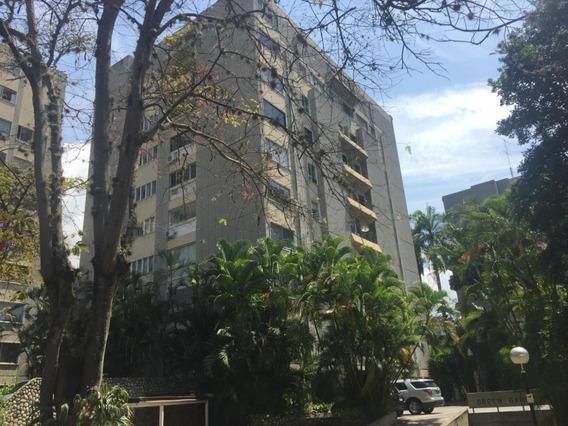 Apartamento En Alquiler La Castellana Caracas