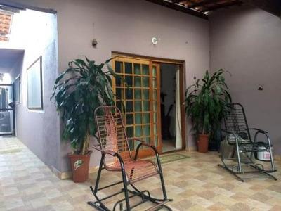 Ótima Casa Em Itanhaém, 2 Quartos E 2 Banheiros - 4510/p