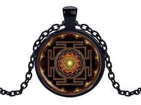 Colar Com Pingente Da Geometria Sagrada Budista Sri Yantra