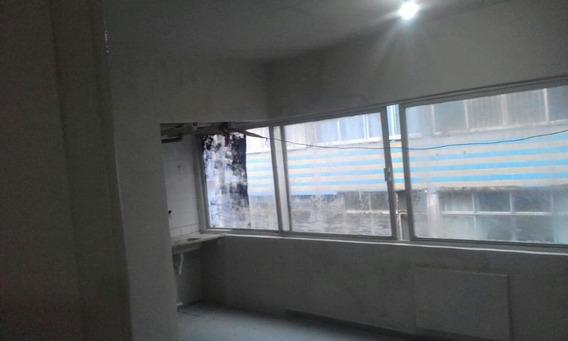 Kitnet Em Boa Vista, Recife/pe De 35m² 1 Quartos Para Locação R$ 400,00/mes - Kn280380