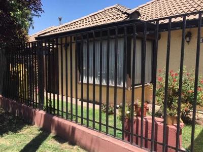 Portal De La Viña (condominio) / Avda.toba