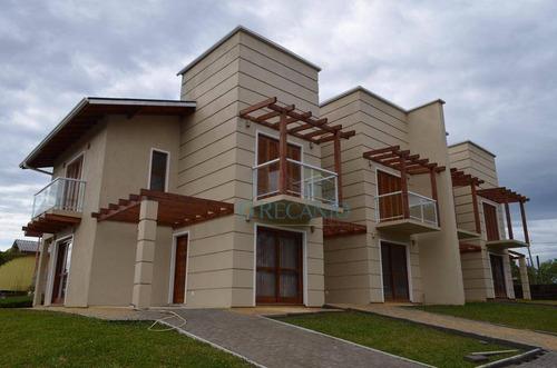 Casa Com 2 Dormitórios À Venda, 90 M² Por R$ 670.000,00 - Moura - Gramado/rs - Ca0218