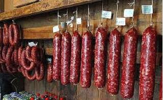 Kit Defumados 3kg Salame 2kg Linguiça 1kg Bacon 3 Carne Lata