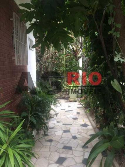 Casa De Rua-locação-vila Valqueire-rio De Janeiro - Vvca30037