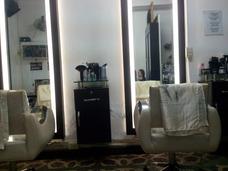 Muebles En Venta De Salón De Belleza