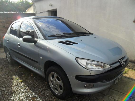 Peugeot 206 1.6 Xt