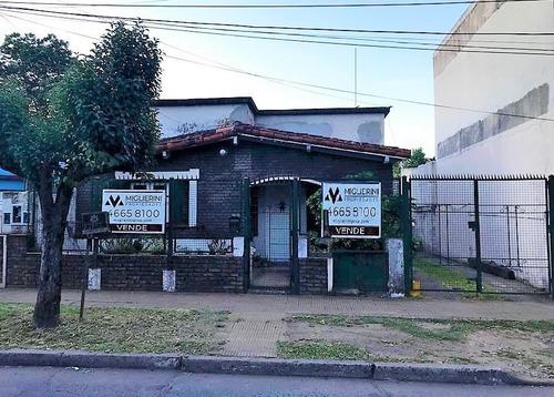 Casa Ph Fondo - 2 Amb - Parque Jo