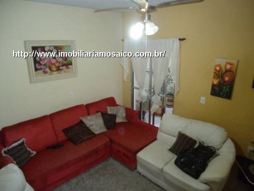 Imagem 1 de 12 de Casa Desocupada, Reformada, Duas Moradias, 05 Vagas De Garagem - 84903 - 4491354