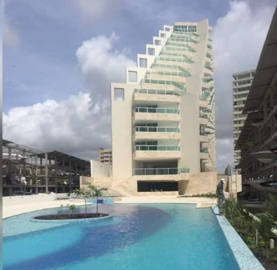 Apartamentos En Tucacas, 0241-8239522 Código 422053