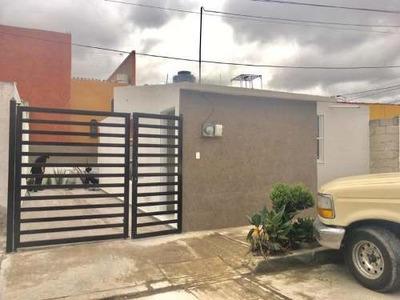 Casa Sola En Venta Preciosa Casa Con Inmejorable Ubicacion, Col. Plutarco